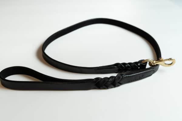 Angel Braided lArgentinean leather dog lead Black